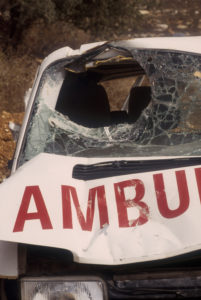 ambulance geraakt door mortier