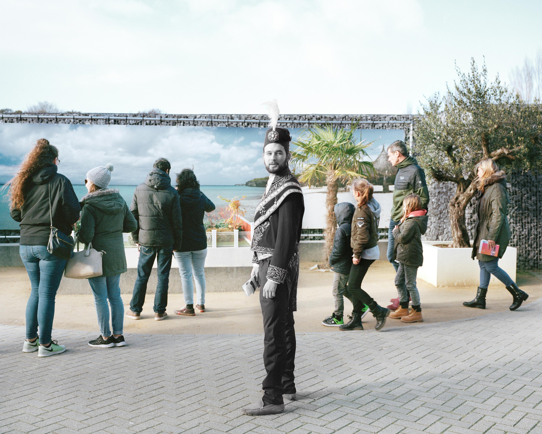 Sultan in crowd<br />foto: &copy; Marwan Bassiouni