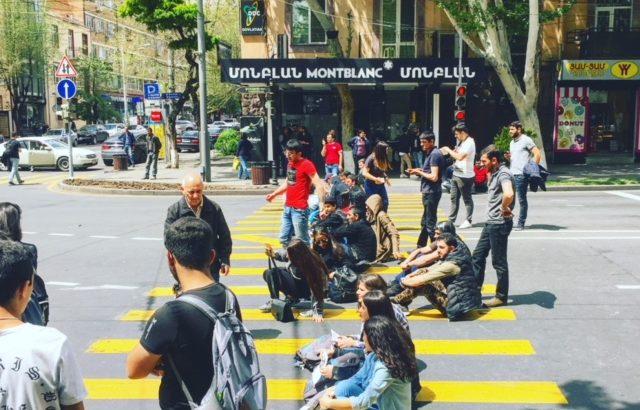 Politiek Cafe Armenie - Humanity House